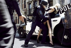 state-of-emergency-by-steven-meisel-10-600x402